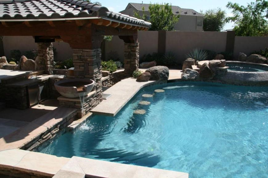Dream pool with outdoor kitchen